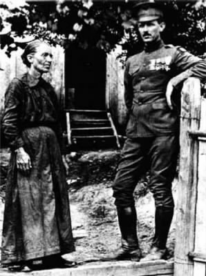 Alvin York and mother