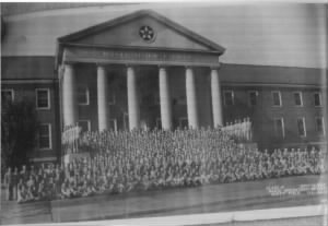 Scott Field Grad PHOTO 12 Sept'42.jpg