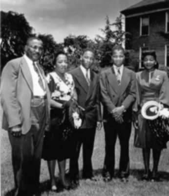 The King Family Martin in the Middle.jpg - Fold3.com