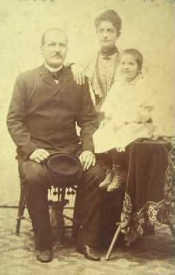 Aneta Stamulis Peyovich and Her Parents 2010-01.jpg