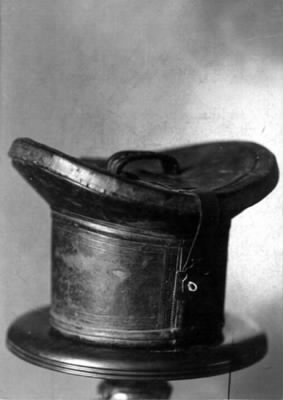 Lincoln's travelling hat box.