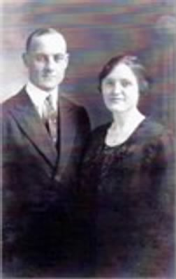 Walter Mayo Casterline and wife, Carrie Bowen Casterline