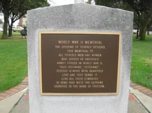 WW2_Memorial_BeverlyMA.jpg