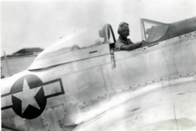 Emory Cox in India WWII 19431944-2..jpg