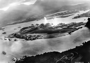 325px-Attack_on_Pearl_Harbor_Japanese_planes_view.jpg
