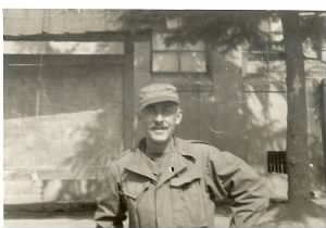 Dad in Korea 1951.jpg
