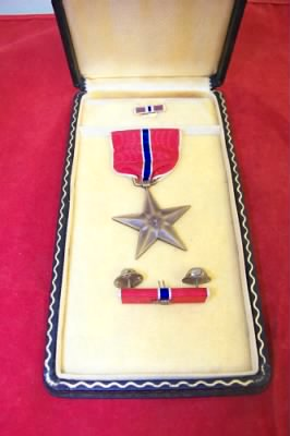 WWII Bronze Star and Ribbon.jpg