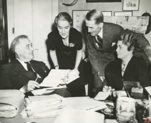 franklin-d-roosevelt-marguerite-lehand-stephen-early-grace-tully.jpg