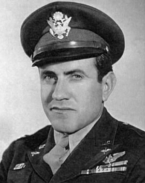 LouisSZamperini_army_pic.jpg