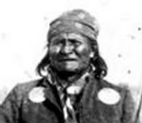 Apache_chieff_Geronimo_(right)_and_his_warriors_in_1886.jpg